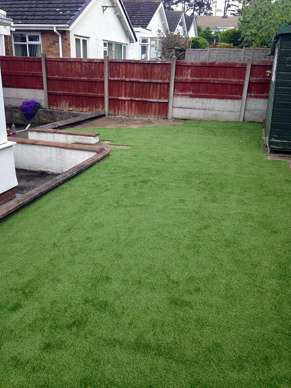 Artificial-Grass-Residential-14