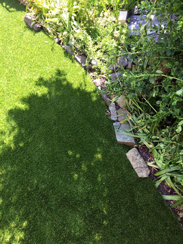 residential-artificial-grass-gallery-2