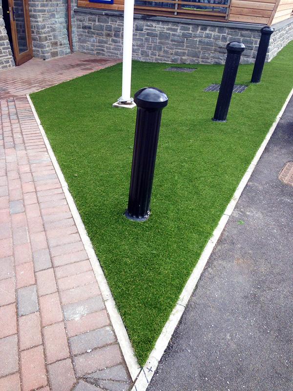 Artificial-Grass-Residential-8